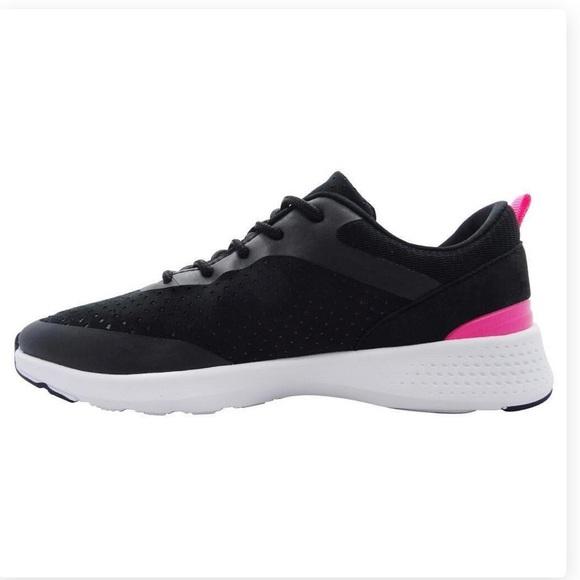 2d05ba8170af9 SALE Women s Champion Paradigm 3 Black Sneakers